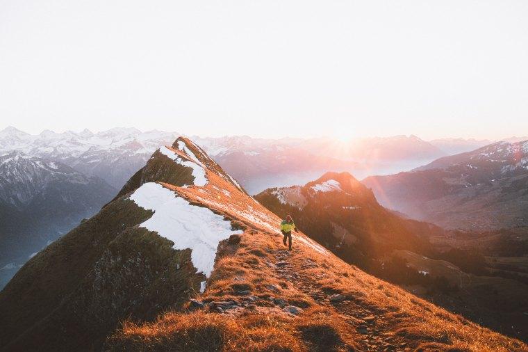 Джон Бойн книга «Мальчик на вершине горы»